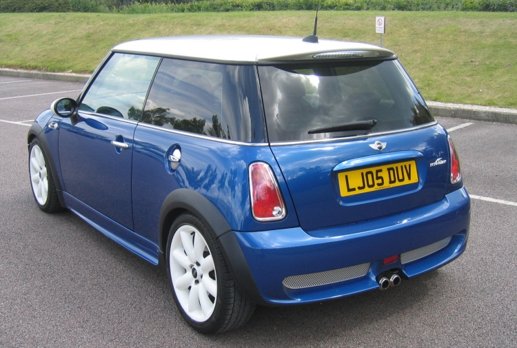 2005 MINI Cooper S Chilli Pack Hyper Blue with Privacy Glass